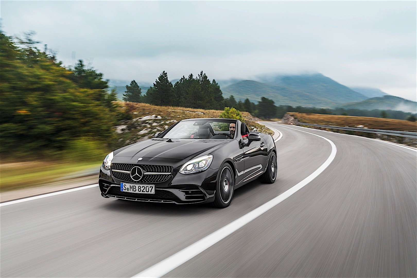 Mercedes amg slc 43 r172 specs 2016 2017 2018 for Slc mercedes benz