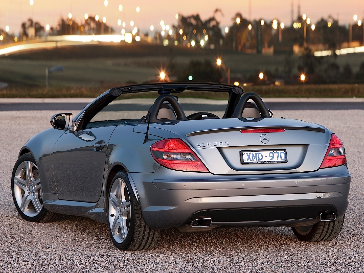 mercedes benz slk r171 specs 2008 2009 2010 2011. Black Bedroom Furniture Sets. Home Design Ideas