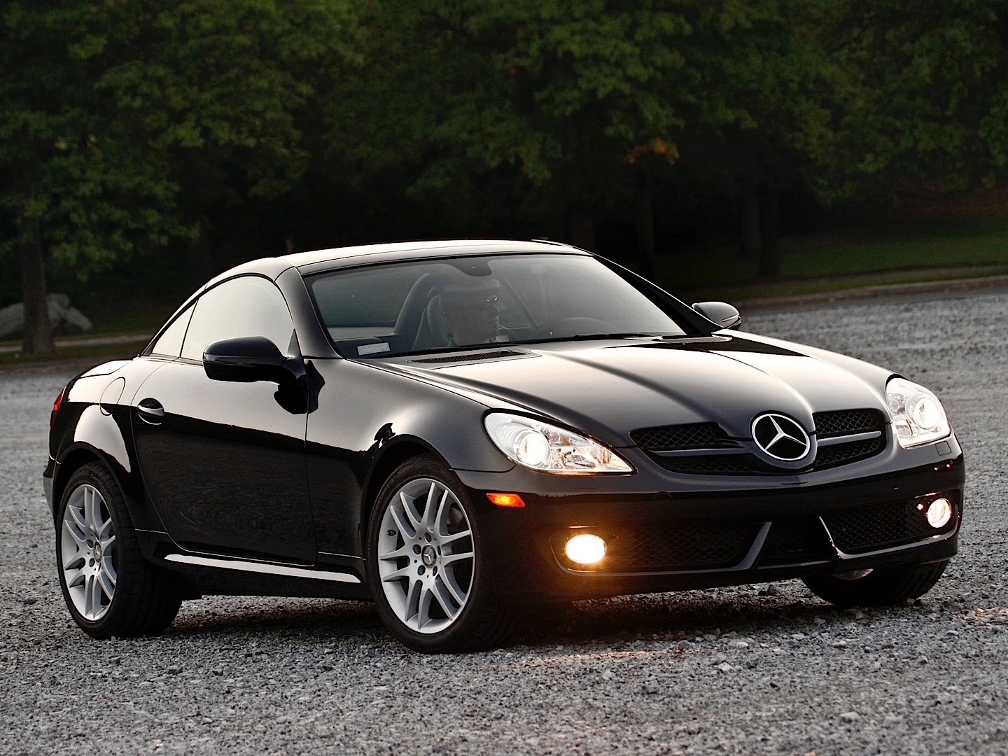 mercedes benz slk r171 specs 2008 2009 2010 2011 autoevolution. Black Bedroom Furniture Sets. Home Design Ideas