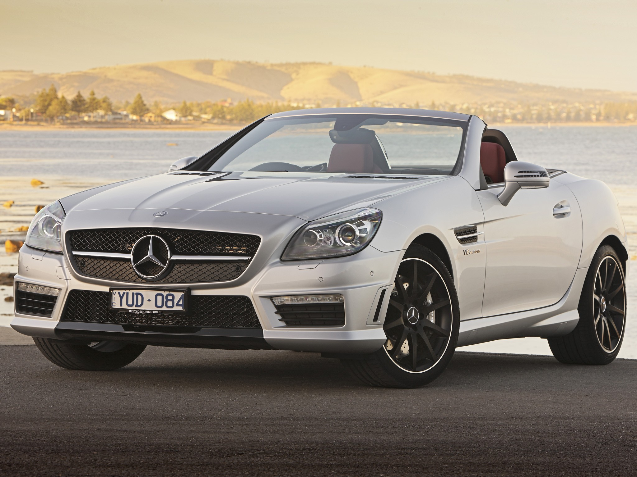 mercedes benz slk 55 amg r172 specs 2012 2013 2014 2015 2016 autoevolution. Black Bedroom Furniture Sets. Home Design Ideas