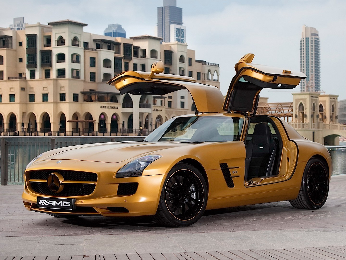 mercedes benz sls amg c197 specs 2010 2011 2012 2013 2014 2015 autoevolution. Black Bedroom Furniture Sets. Home Design Ideas