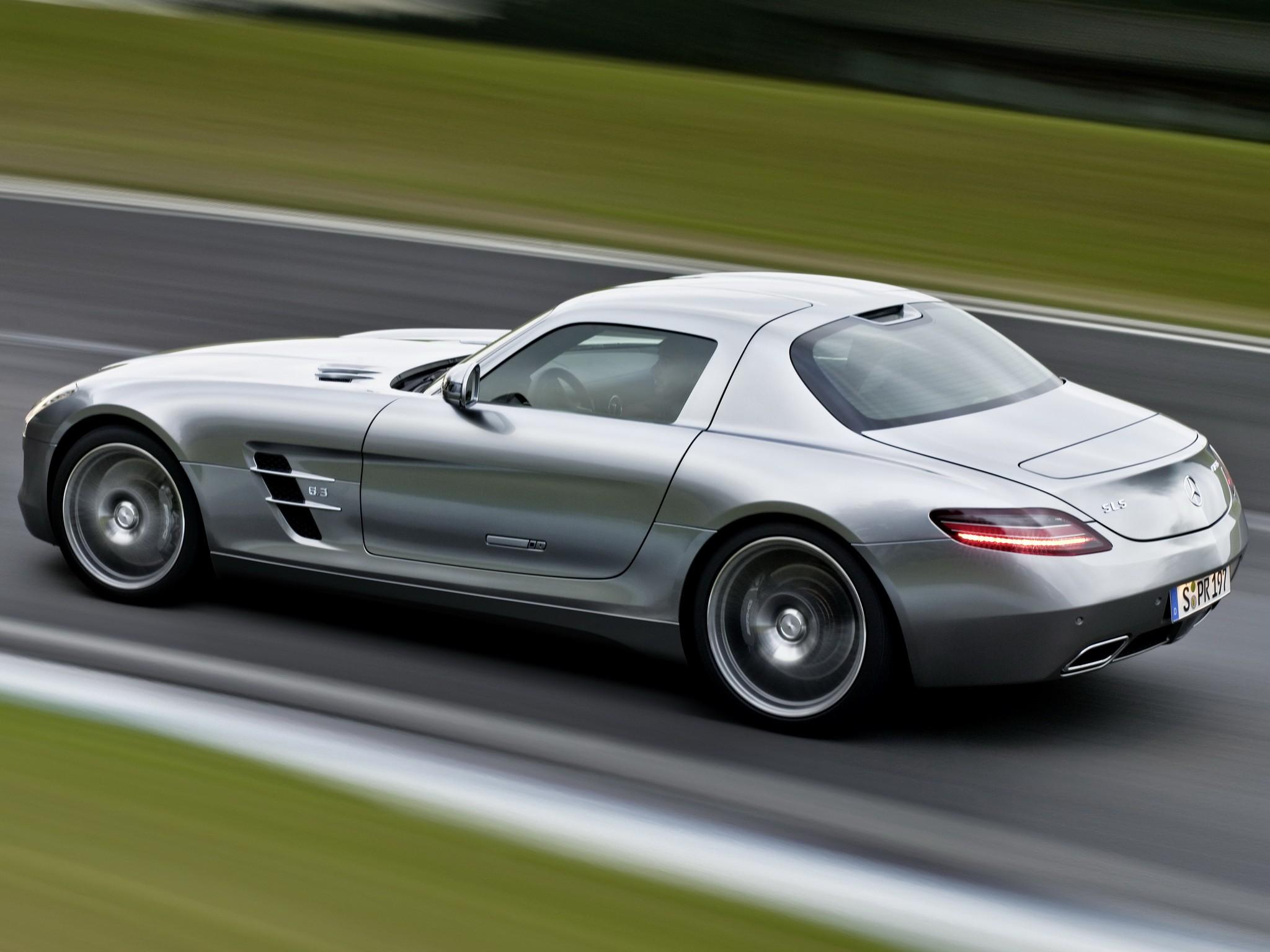 Mercedes benz sls amg engine mercedes free engine image for Amg mercedes benz