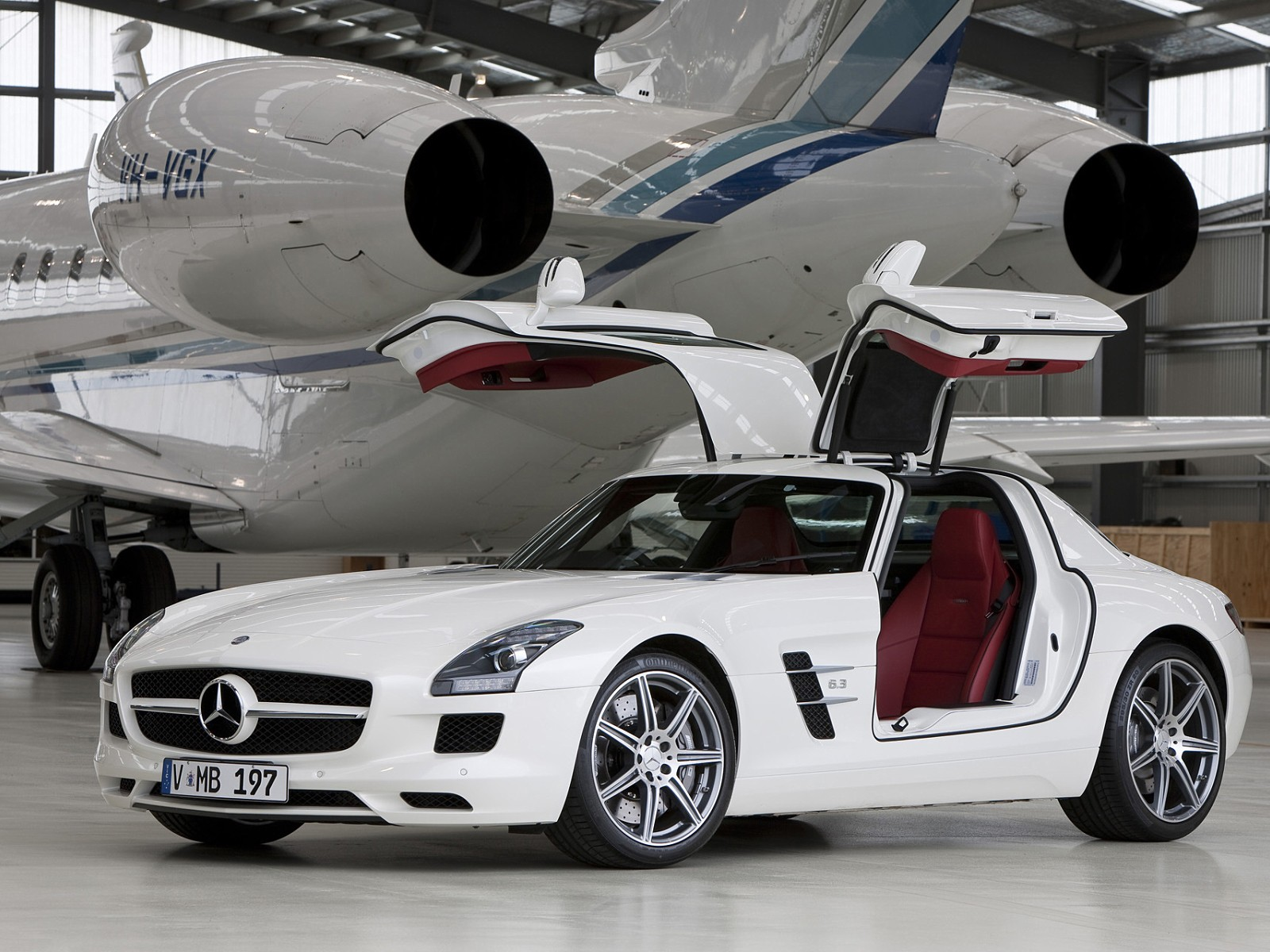 mercedes benz sls amg gt 2012 2013 2014 autoevolution. Black Bedroom Furniture Sets. Home Design Ideas