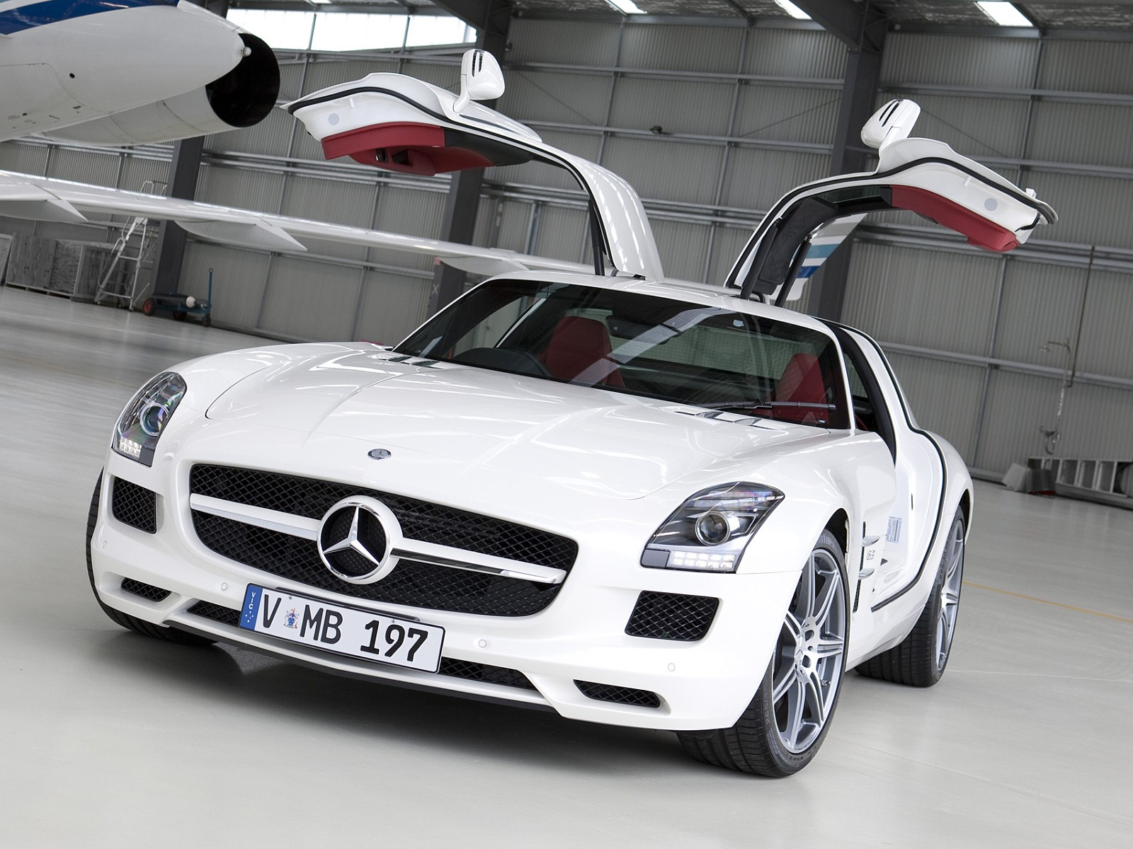 mercedes benz sls amg gt specs photos 2012 2013 2014 autoevolution. Black Bedroom Furniture Sets. Home Design Ideas