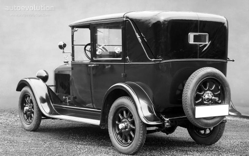 mercedes benz 8 38 typ 200 w02 specs photos 1926. Black Bedroom Furniture Sets. Home Design Ideas
