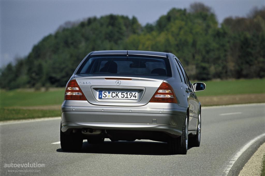 Mercedes Classe C 2004 : mercedes benz c klasse w203 specs 2004 2005 2006 2007 autoevolution ~ Medecine-chirurgie-esthetiques.com Avis de Voitures