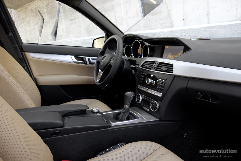 mercedes benz c klasse w204 specs 2011 2012 2013 autoevolution. Black Bedroom Furniture Sets. Home Design Ideas