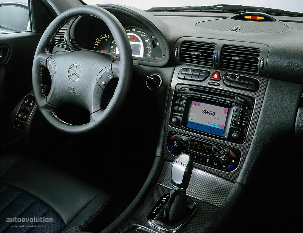 Mercedes Benz C Klasse Amg W203 Specs Amp Photos 2000