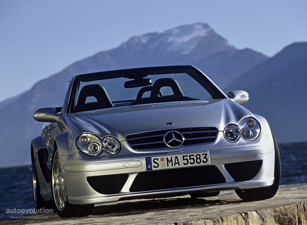 Mercedes benz clk dtm amg cabrio a209 2006 autoevolution for Mercedes benz clk dtm