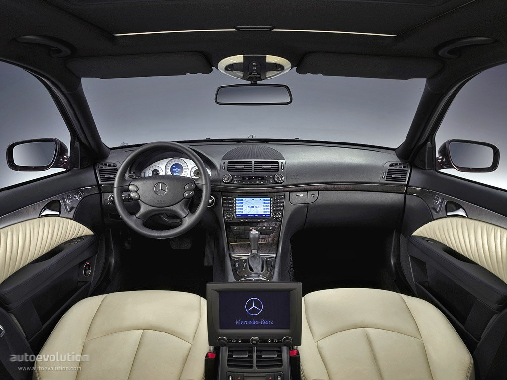 Mercedes Benz E Klasse W211 2006 on mercedes benz e350 interior