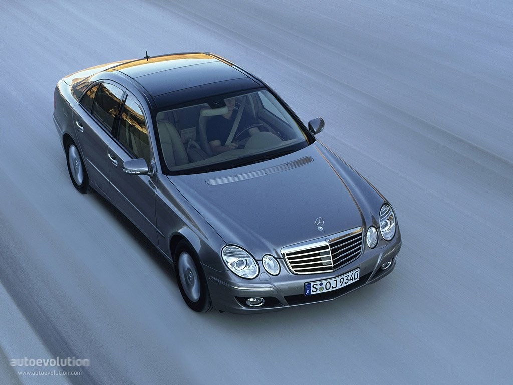 mercedes benz e klasse w211 2006 2007 2008 2009 autoevolution. Black Bedroom Furniture Sets. Home Design Ideas