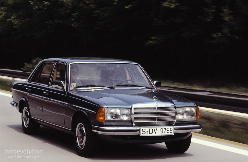 File:Mercedes-Benz W123 T-Modell front 20090430.jpg ...   Benz W123