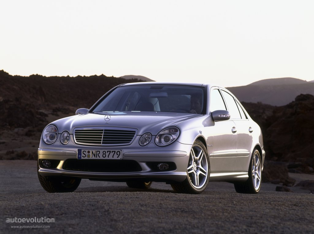 mercedes benz e 55 amg w211 specs 2002 2003 2004 2005 2006 autoevolution. Black Bedroom Furniture Sets. Home Design Ideas