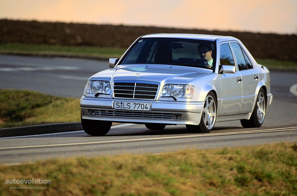 mercedes benz e 500 w124 specs photos 1993 1994 1995 autoevolution. Black Bedroom Furniture Sets. Home Design Ideas