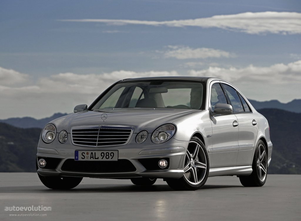 mercedes benz e 63 amg w211 specs 2006 2007 2008 2009 autoevolution. Black Bedroom Furniture Sets. Home Design Ideas