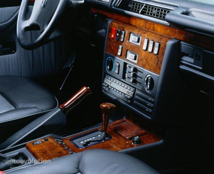 Mercedes Benz G Klasse W463 Specs Amp Photos 1989 1990