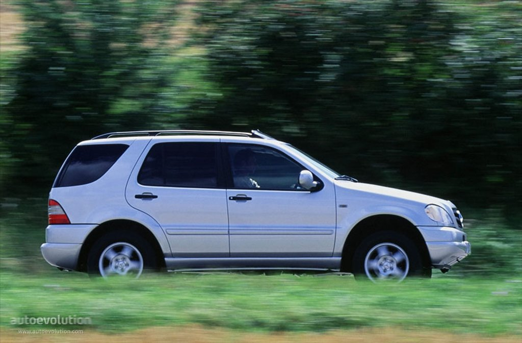 Mercedes Benz Ml Klasse W163 Specs Amp Photos 1997 1998