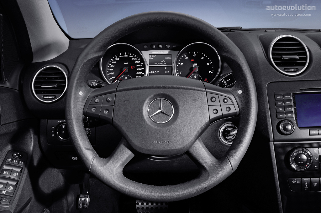 mercedes benz ml 63 amg w164 specs 2005 2006 2007 autoevolution. Black Bedroom Furniture Sets. Home Design Ideas