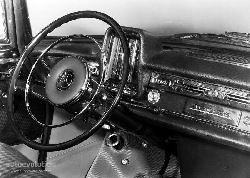 Mercedes Benz S Klasse Quot Grosse Heckflosse Quot W111 W112