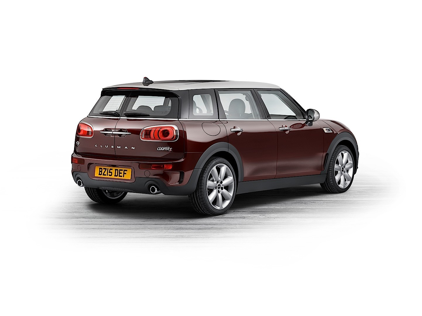 mini clubman specs 2015 2016 2017 autoevolution. Black Bedroom Furniture Sets. Home Design Ideas