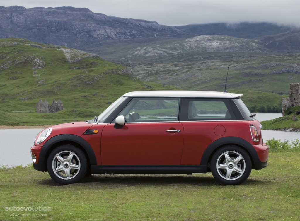 MINI Hatch Specs Photos