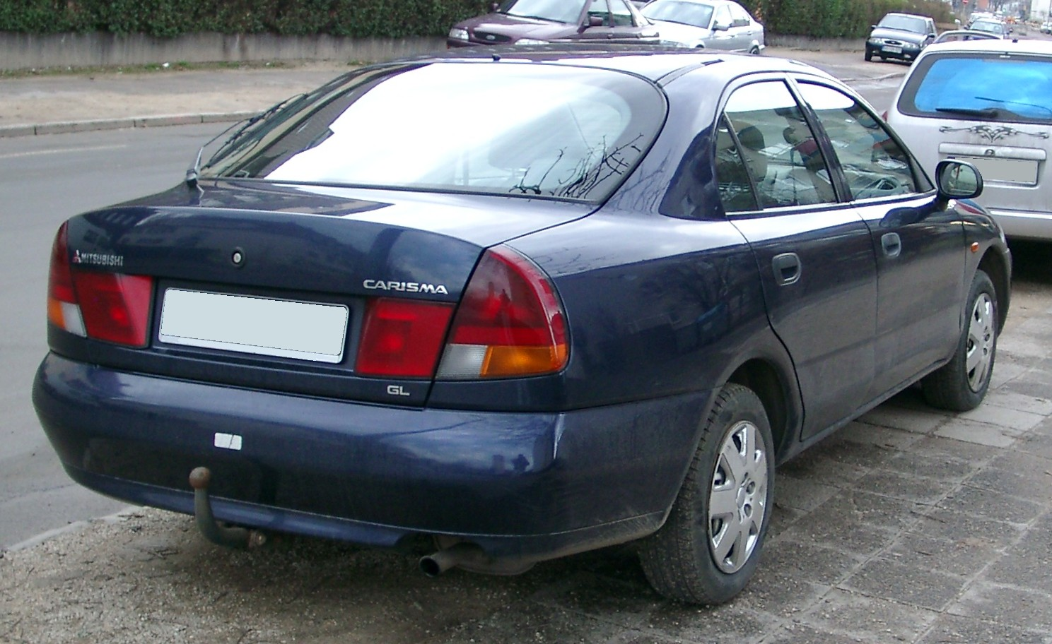 MITSUBISHI Carisma Sedan specs & photos - 1995, 1996, 1997, 1998, 1999, 2000, 2001, 2002, 2003 ...