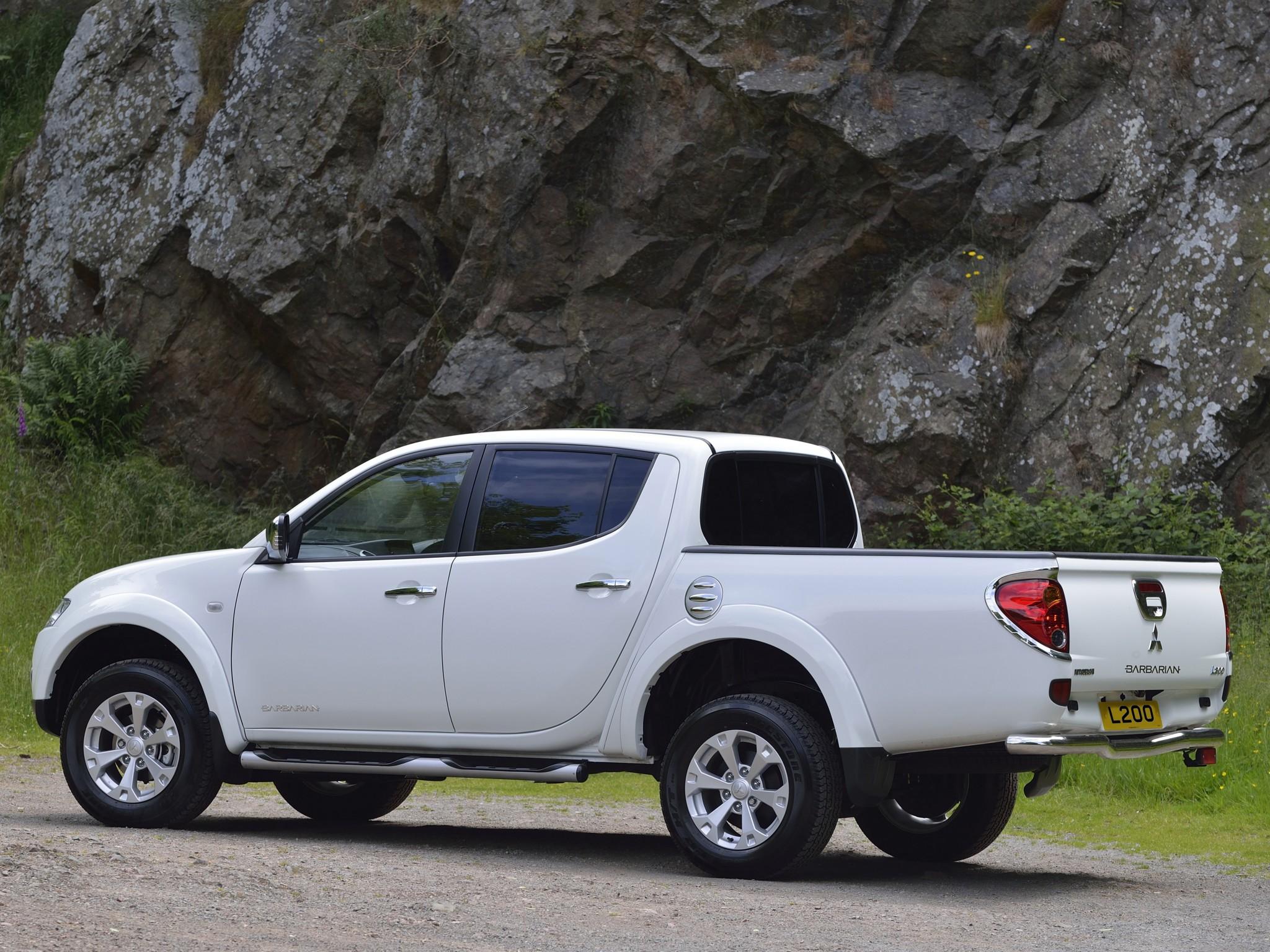 Mitsubishi triton specs 2011