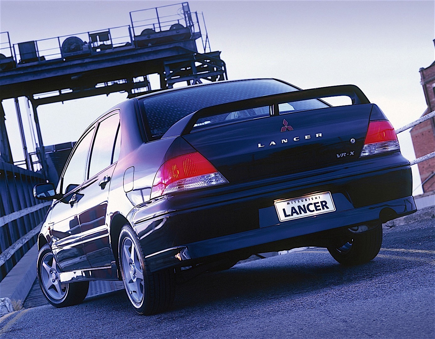 MITSUBISHI Lancer specs & photos - 2000, 2001, 2002, 2003 ...