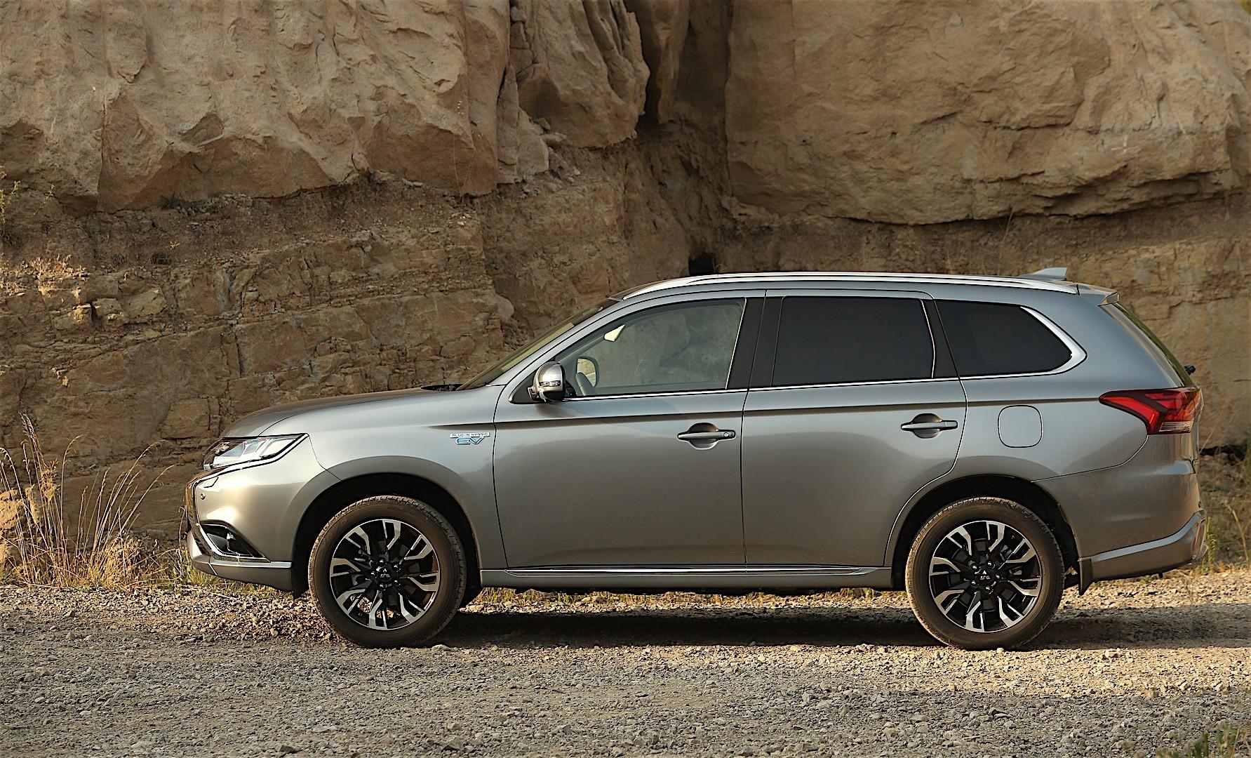 Mitsubishi Outlander Phev 2016 Present