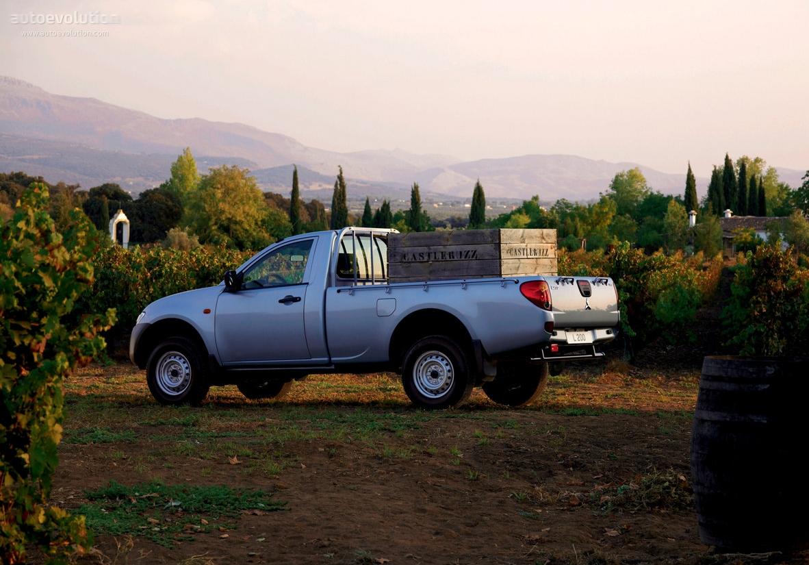 Mitsubishi l 200 triton single cab 2005 2006 2007 2008 2009 2010 2011 2012 2013 2014