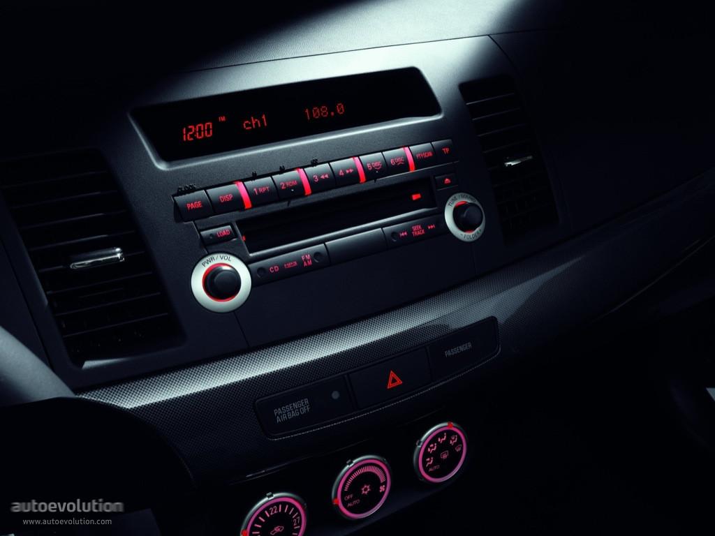 Spyshots 2014 Mitsubishi Lancer   Autos Weblog