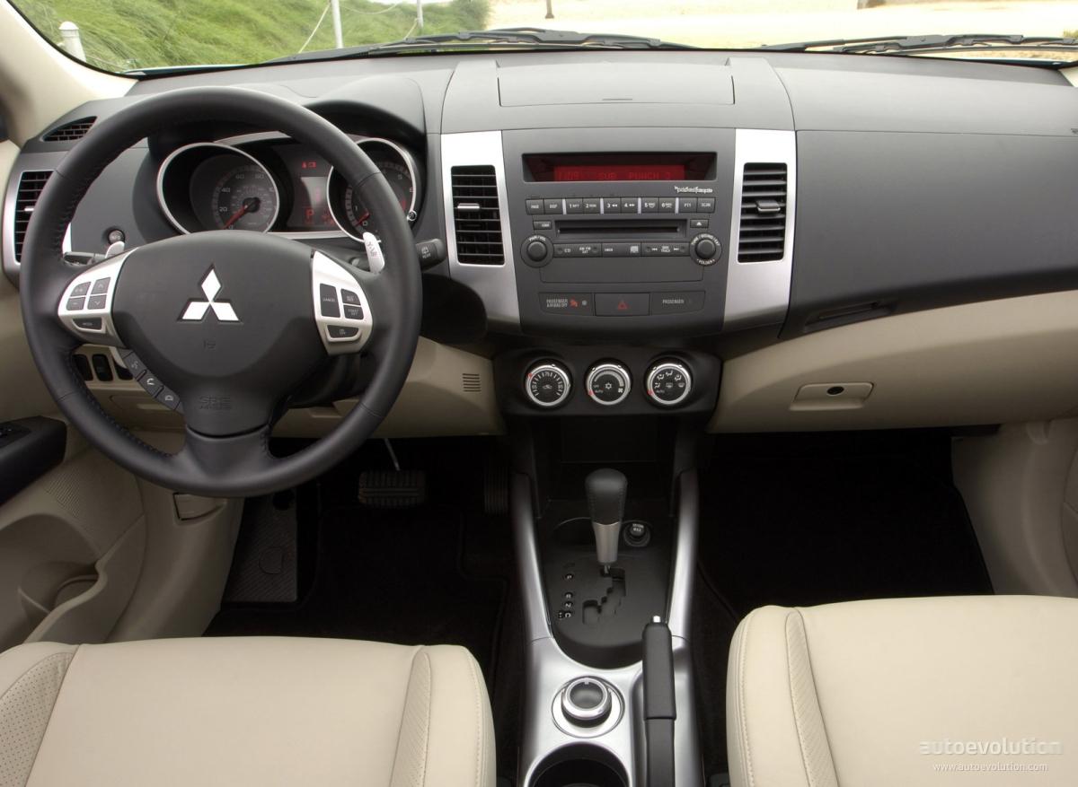 Mitsubishi Outlander Airtrek Specs 2007 2008 2009 2010 2011 Autoevolution