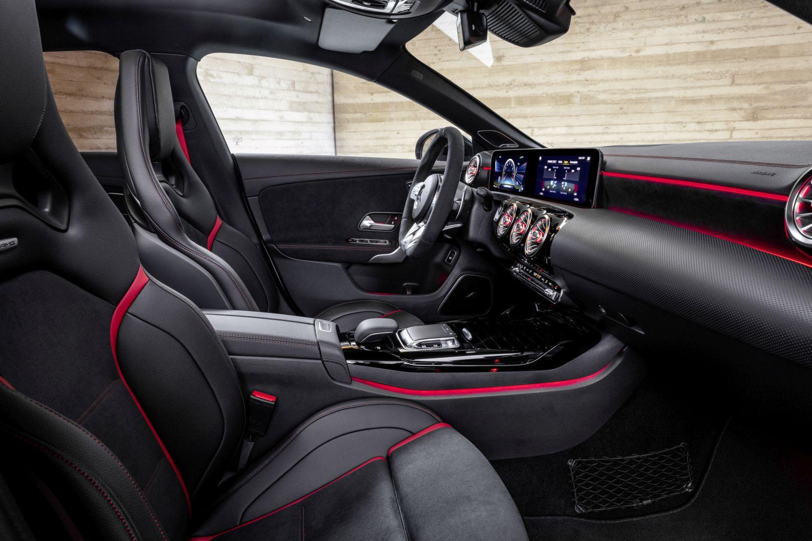 Mercedes-AMG CLA 45 4MATIC+ Shooting Brake specs & photos ...
