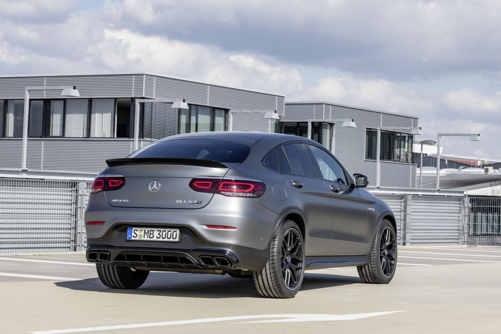 mercedes amg glc 63 4matic coupe specs photos 2019 autoevolution. Black Bedroom Furniture Sets. Home Design Ideas