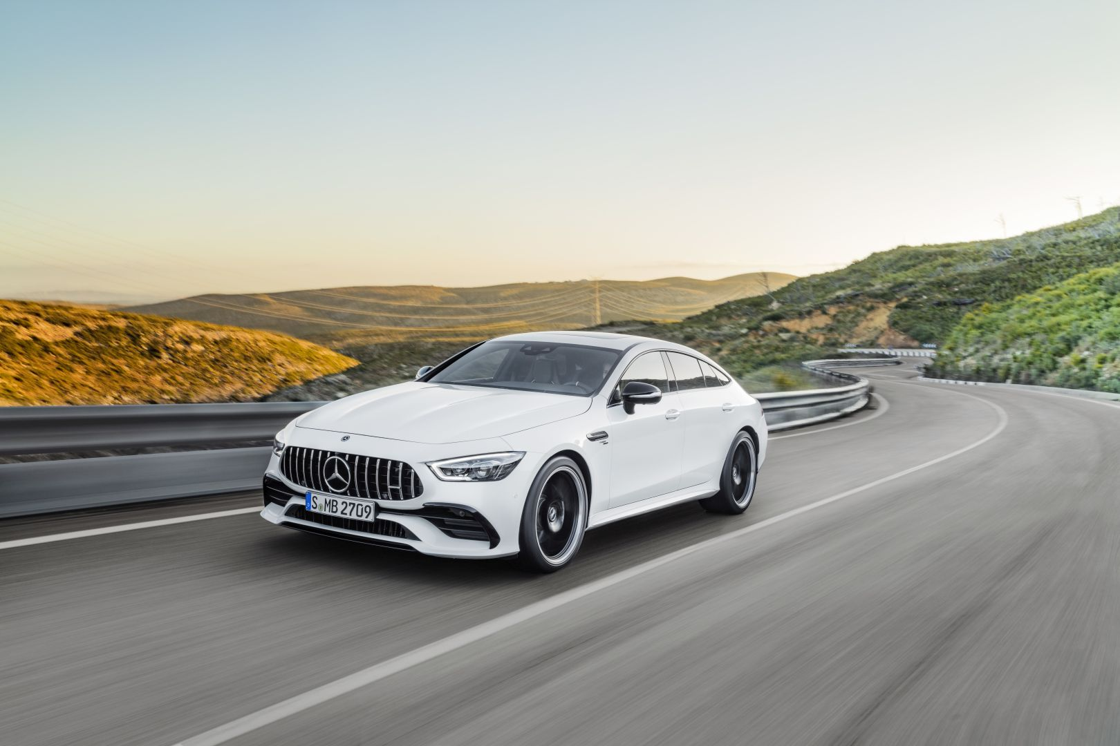 mercedes amg gt 53 4matic x290 specs photos 2018 2019 autoevolution. Black Bedroom Furniture Sets. Home Design Ideas