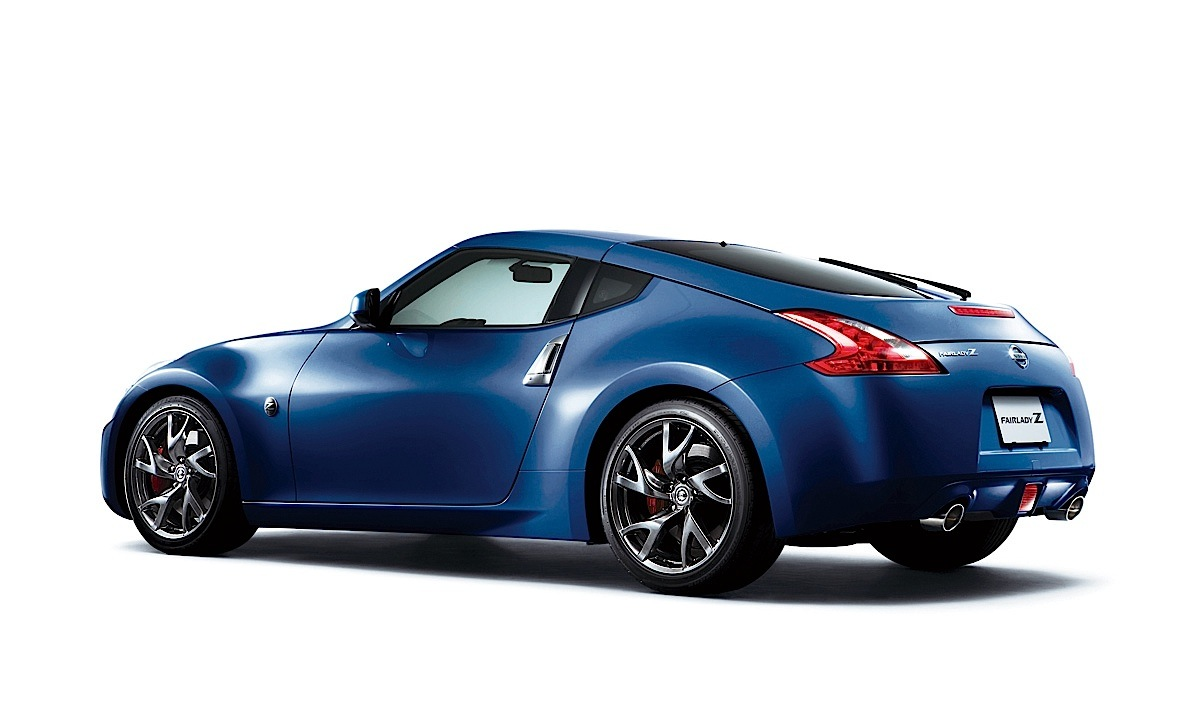 nissan 370z coupe 2012 2013 2014 2015 2016 2017 autoevolution. Black Bedroom Furniture Sets. Home Design Ideas