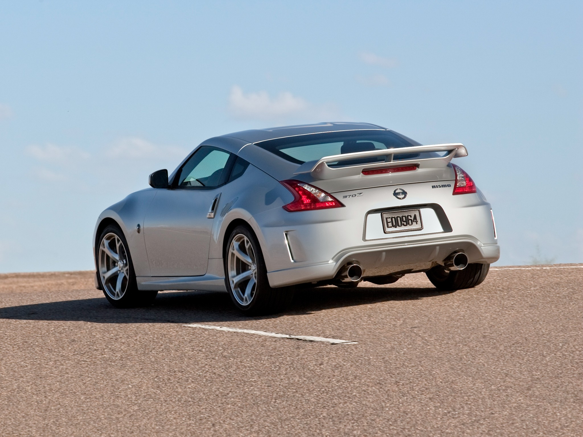 NISSAN 370z Nismo specs & photos - 2009, 2010, 2011, 2012 ...