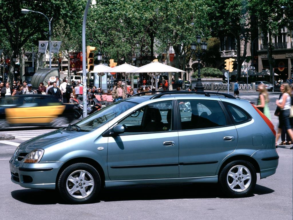 Nissan Almera Tino Specs Amp Photos 2000 2001 2002 2003