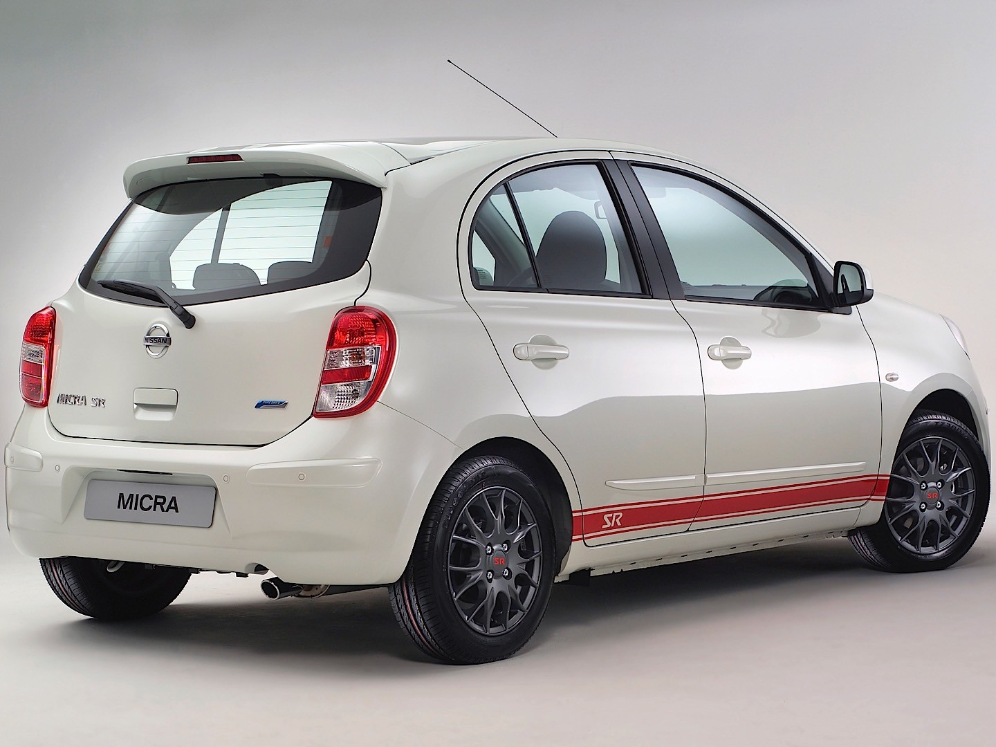 NISSAN Micra 5 Doors specs & photos - 2010, 2011, 2012 ...