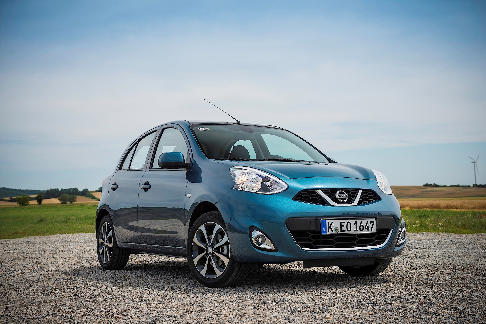nissan micra specs 2013 2014 2015 2016 2017 autoevolution. Black Bedroom Furniture Sets. Home Design Ideas