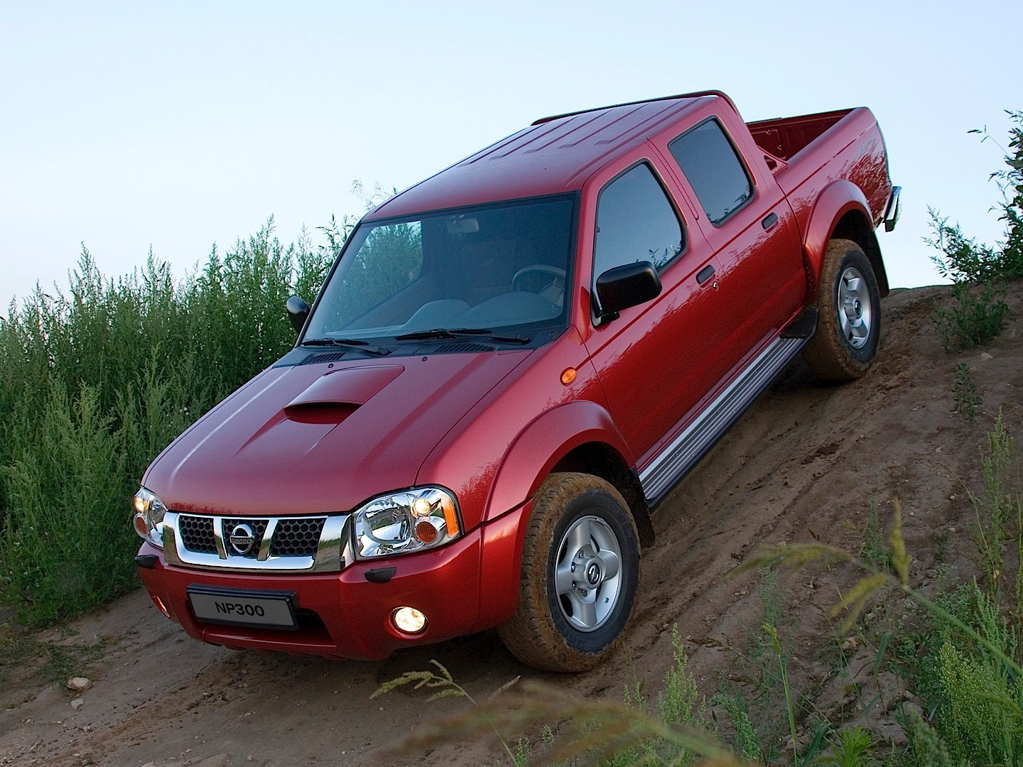 300 Hp Cars >> NISSAN NP300 Pickup Double Cab specs & photos - 2008, 2009, 2010, 2011, 2012, 2013, 2014 ...