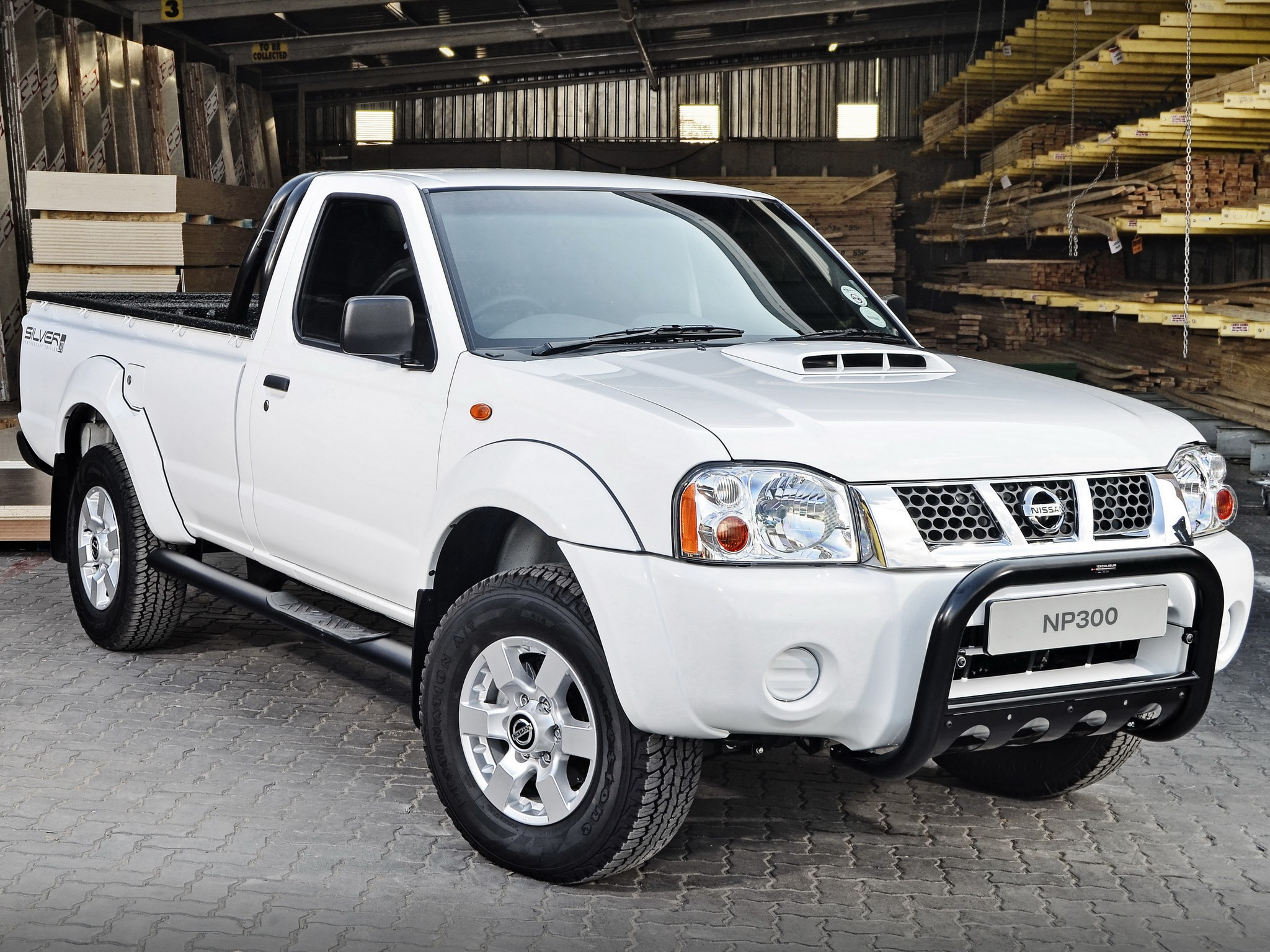 Nissan Np300 Pickup Single Cab 2008 2009 2010 2011