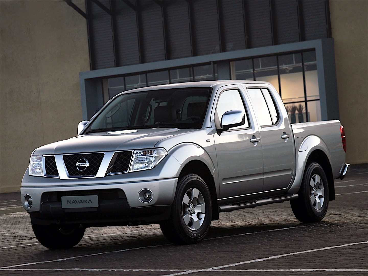 nissan navara frontier double cab 2005 2006 2007 2008 2009 2010 2011 2012 2013 2014. Black Bedroom Furniture Sets. Home Design Ideas