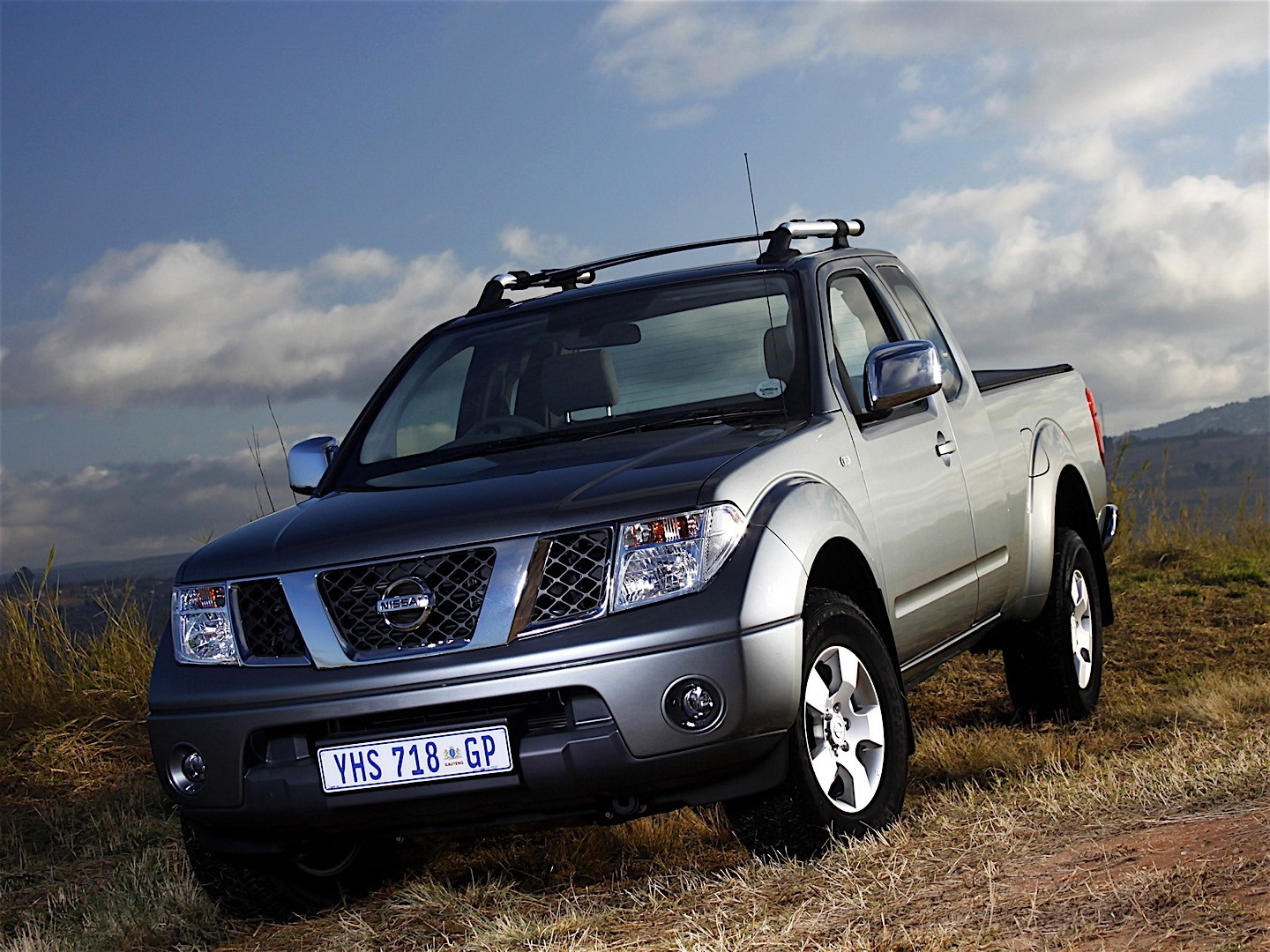 nissan navara frontier king cab specs photos 2005 2006 2007 2008 2009 2010 2011. Black Bedroom Furniture Sets. Home Design Ideas