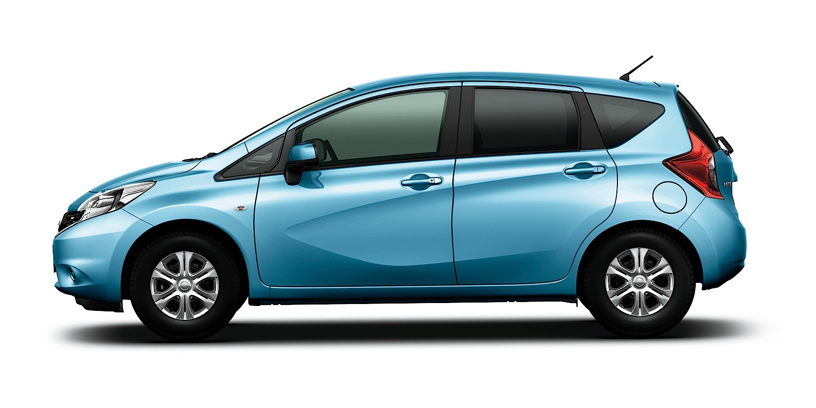 NISSAN Note specs & photos - 2013, 2014, 2015, 2016, 2017 ...