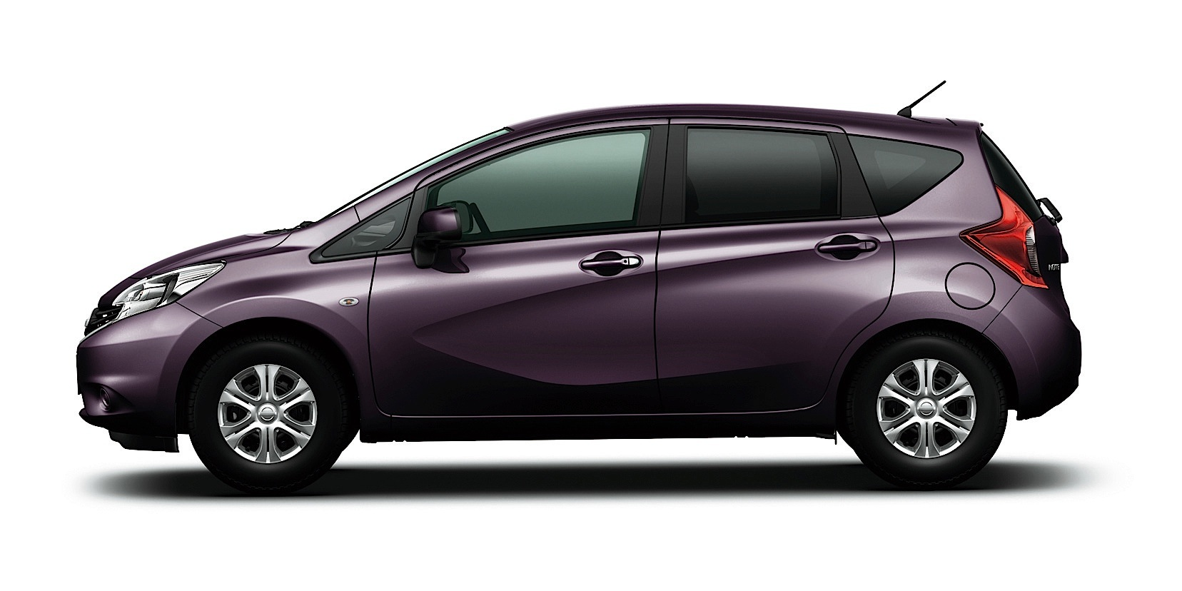 nissan note specs photos 2013 2014 2015 2016 2017 autoevolution. Black Bedroom Furniture Sets. Home Design Ideas