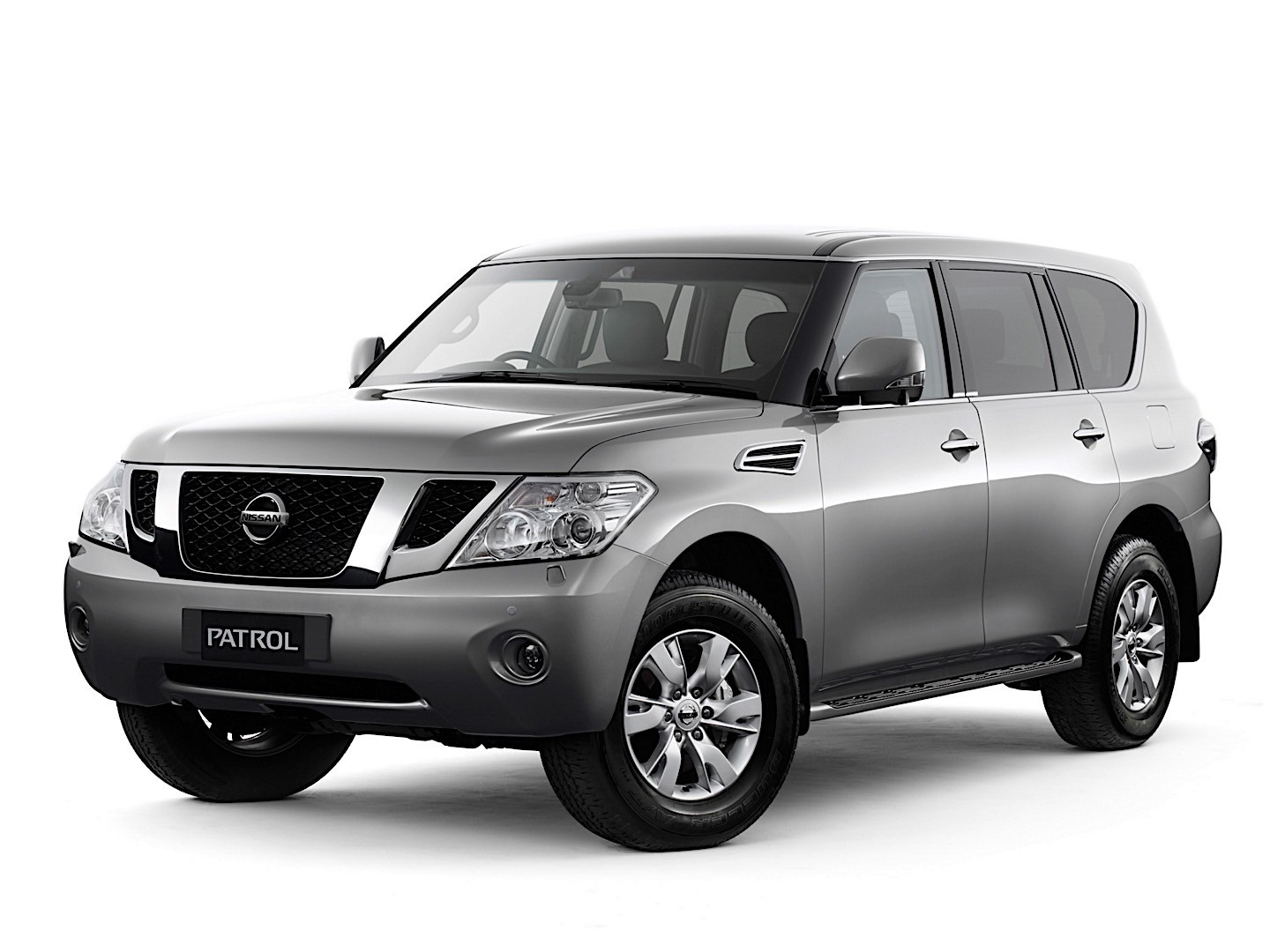 nissan patrol 2010 2011 2012 2013 2014 autoevolution. Black Bedroom Furniture Sets. Home Design Ideas