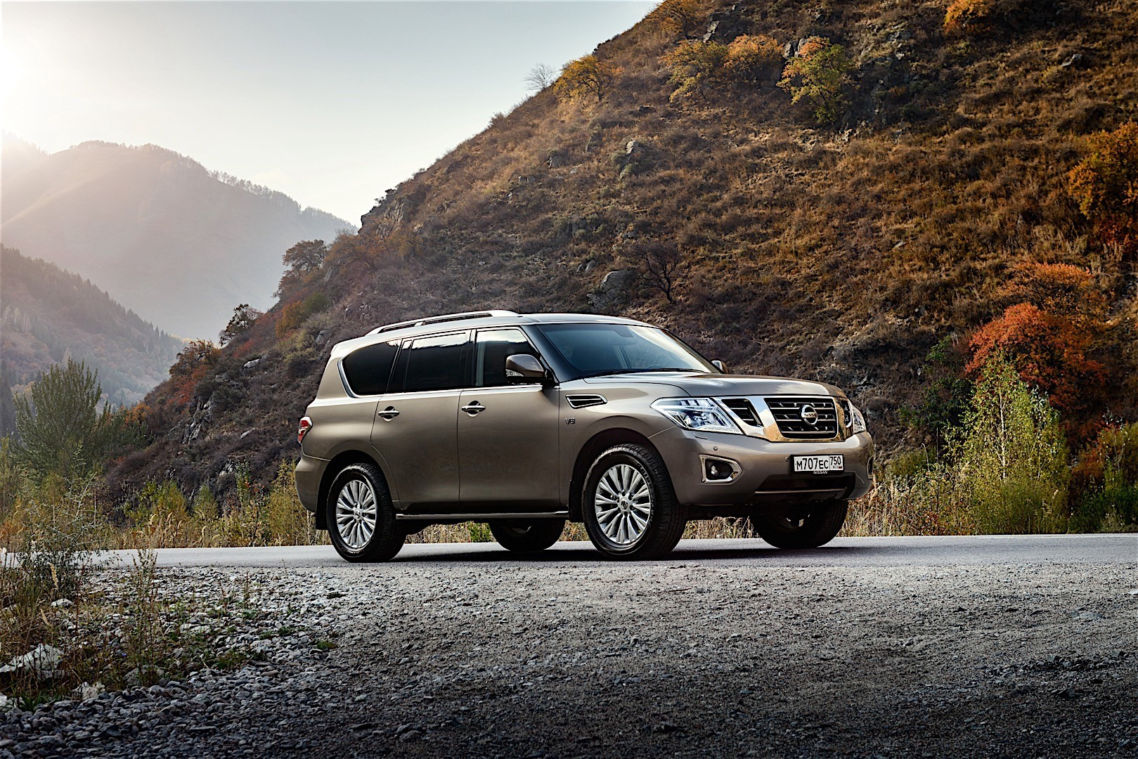 NISSAN Patrol specs & photos - 2014, 2015, 2016, 2017 ...