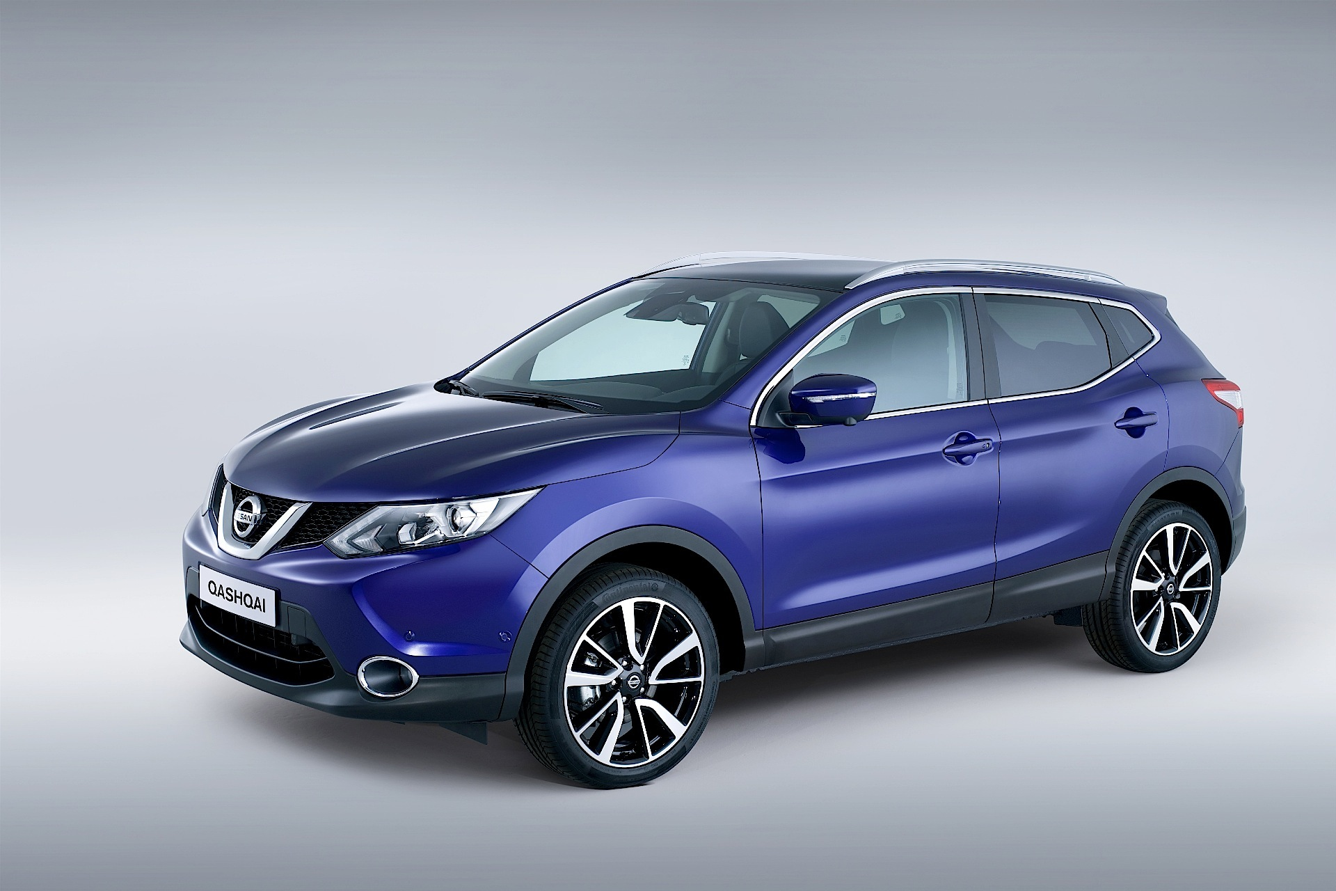 nissan qashqai specs photos 2013 2014 2015 2016. Black Bedroom Furniture Sets. Home Design Ideas