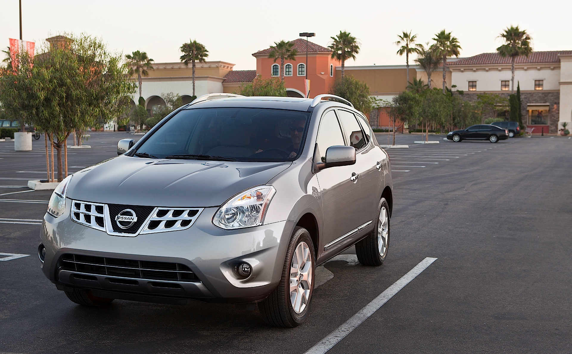of autoweek review economy fuel rogue car receives reviews combined estimated article sv notes an nissan epa mpg